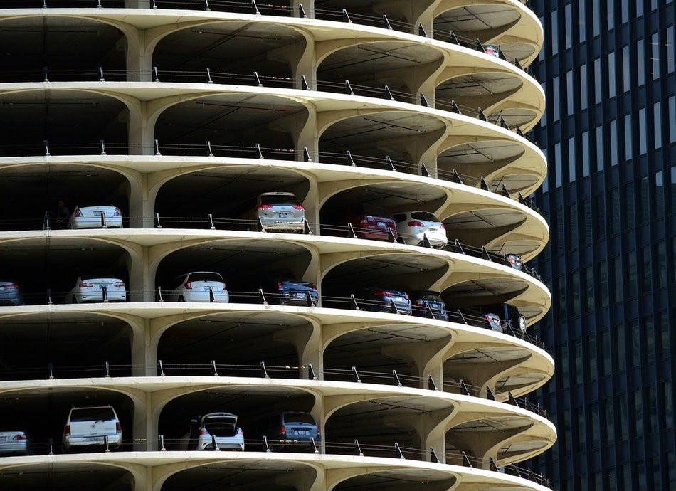 Четыре многоярусные парковки обещают владивостокцам к августу
