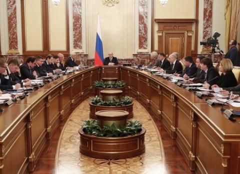 Мишустин взялся за бюрократию Медведева