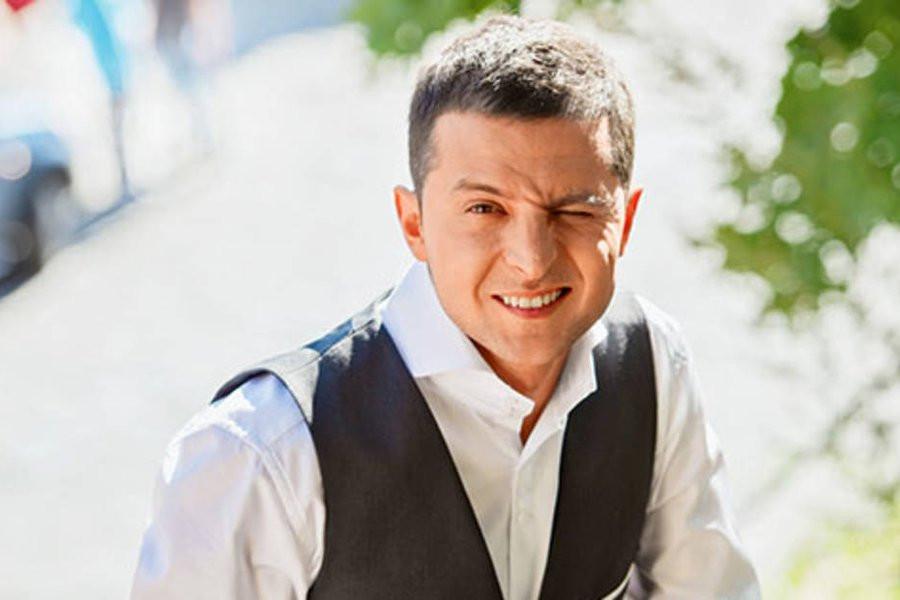 Владимир Зеленский ушел в отставку