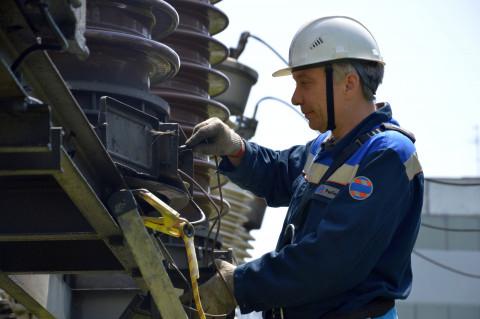 Вместе с электрической энергией энергетики получили возможность вводить ограничения и горячего водоснабжения
