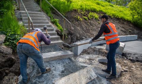 Комплексный ремонт дорог проходит во Владивостоке