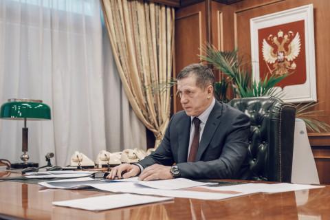 Трутнев призвал снизить количество проверок дальневосточного бизнеса