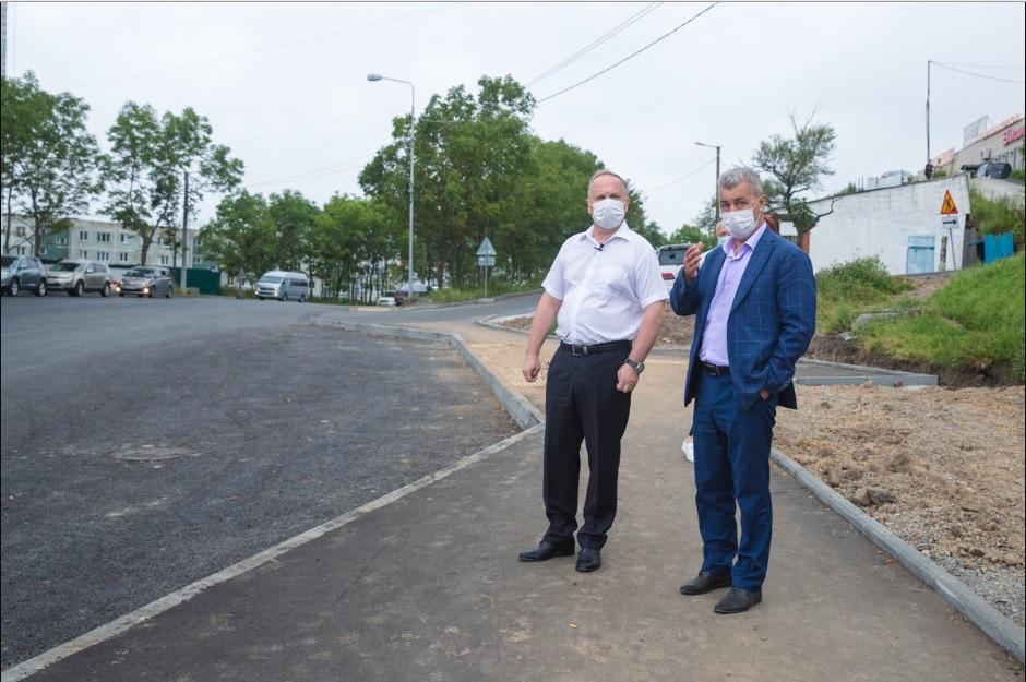 Пять улиц Владивостока комплексно ремонтируют