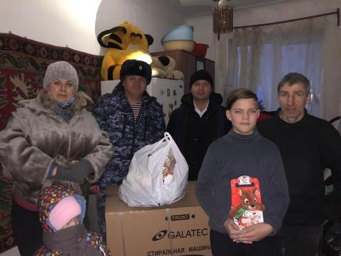 Программу помощи отцам-одиночкам запустили в Приморье