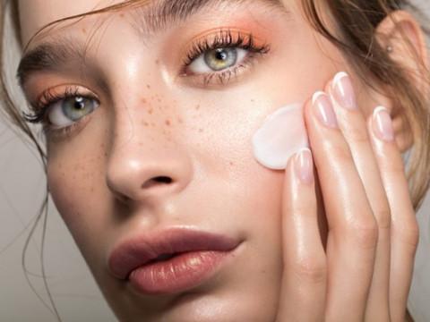 Скажи нет тональнику: как ухаживать за кожей, чтобы она сияла